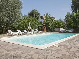 3 Bedrooms villa with pool in Sorrento centre