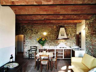 CASA D'ERA COUNTRY HOLIDAY HOUSE flat Rigoletto, Lajatico