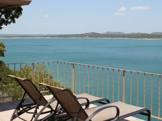Awesome Lakefront Property!, Canyon Lake