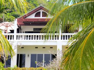Beach front villa Sea View Cape Panwa