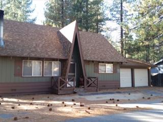 Comfortable chalet with loft, #413, South Lake Tahoe