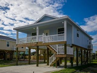 3BR/2BA  Prime Beach House, Newly Constructed, Port Aransas, Sleeps 8
