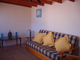 TALL02- 4 Bed 2 Bath Country Finca with Pool, Cartagena