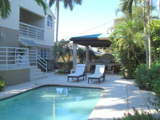 Wonderful Location - Room in East Boca Raton