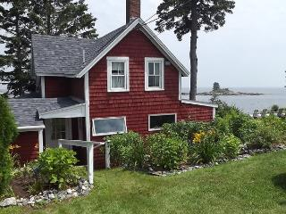 EDGE OF THE SEA | OCEANFRONT | OCEAN POINT | EAST BOOTHBAY MAINE | LIGHTHOUSES | ISLANDS, Boothbay