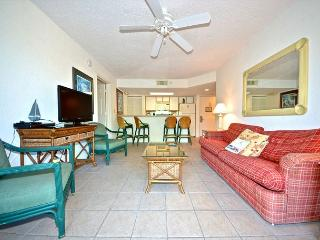 Puerto Rico Suite - 2/2 Condo w/ Pool & Hot Tub - Near Smathers Beach, Key West