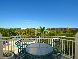 Samana Cay #405 - 2/2 Condo w/ Pool & Hot Tub - Near Smathers Beach, Key West