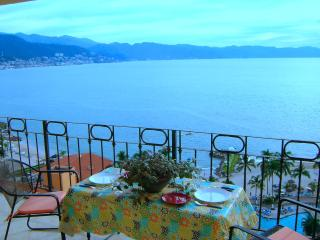 New! #1637 SRT Oceanfront, Fantastic View, Wifi, Puerto Vallarta
