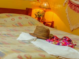 Serviced apartment in BARRA, ideal Location, Wi-Fi, Salvador