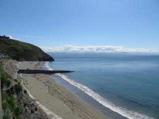 Glan y Mor - Stunning 5 Star Seafront House, Criccieth