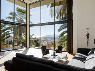 The Cote d'Azur at your feet, Le Cannet