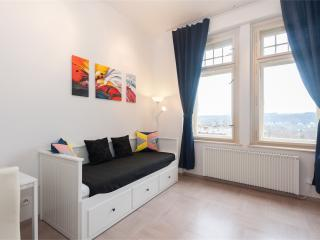Lovely Modern Studio Apartment, Praga