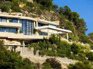 Luxury Hillside Villa Pep Simo Sea with Pool offers Panoramic Views & Relaxation, Talamanca