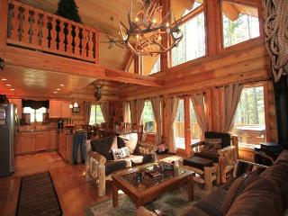 Enchanted River Cabin, Wi-Fi, Hot Tub, 25 min. drive to Leavenworth