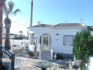 Spanish Villa with Private Pool, Torrevieja