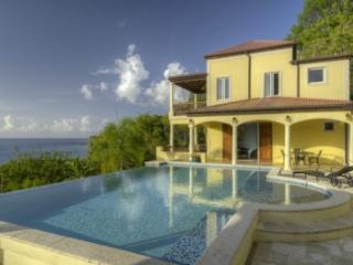 4 Bedroom Villa with Pool & Ocean View in Smugglers Cove, Tortola