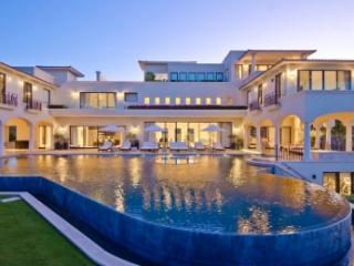 Breathtaking 8 Bedroom Home in Cabo San Lucas