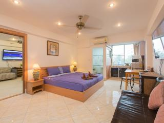 (G5000) Family Connecting Studio with City View (8, Patong