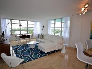 Upscale 2BR/2BA Master Suite Amazing Bay Views, Miami