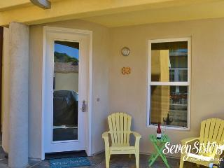 3 Bdrm Avila Jewel Sleeps 6-8 **BEST Location** Steps To Beach, Avila Beach