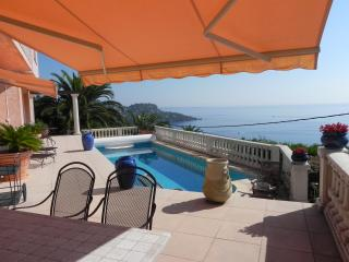 Beautiful Sea View Villa near Cannes Cote d'Azur, Miramar