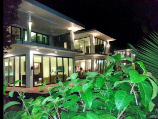 villa beachfront e5 1 bed room, Ko Chang