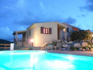 lovely villa with swimming pool amazing landscape!, Costa Paradiso