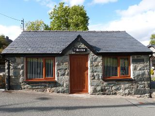 Lovely Cottage in the Centre of Snowdonia - 107501, Maentwrog