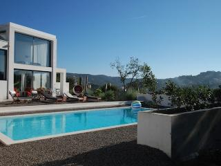 Villa Splendour - modern villa with pool and wifi, Lloret de Mar