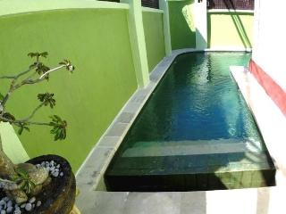 House for rent with swimming pool, Ungasan