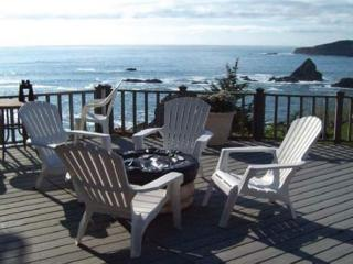 Romantic beachfront getaway, Brookings