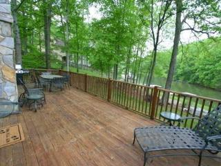 Lake Front Retreat - 3/2 Cottage on Lake Norman -