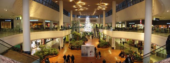 Shopping center 'Les 4 Temps' in our area