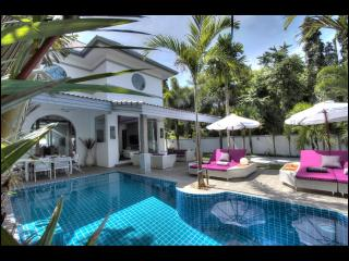 Villa Tropicale... Luxurious Modern 3 bed pool villa 2 min drive from the beach In Nai harn Rawai Phuket Brand new, Nai Harn