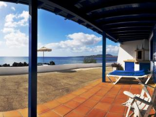 Casita Coral  with sea views 10 meters from the sea !, Punta Mujeres
