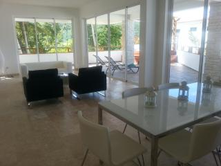 Brando new Condo in gated community with pool, Las Terrenas