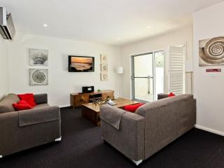 Pacific Blue Resort 513, Salamander Bay