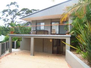 Easy and Affordable - 34 Aldinga Dr, Forresters Beach