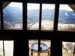 Million Dollar View / Amazing Cabin/ Hot tub/ Wifi, Beech Mountain