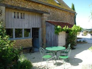 Charming Cottage with pool and vue on Dordogne Val, Lalinde