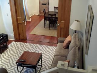 2 BR Vict. House - Garden District, New Orleans