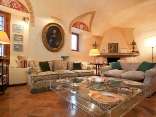 The Palace Residence is a unique single family hom, Rome