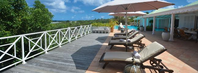 Villa La Josephine SPECIAL OFFER: St. Martin Villa 101 Located Close To La Samanna Hotel Giving Lovely Views Over Baie Longue And The Caribbean Sea.