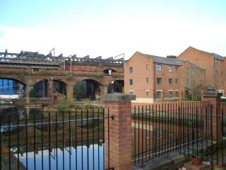Castlefield City Centre Apt Manchester Sleeps 6