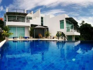 Villa Sunrise, Luxury 3 Bedroom Sea View Villa, Koh Samui