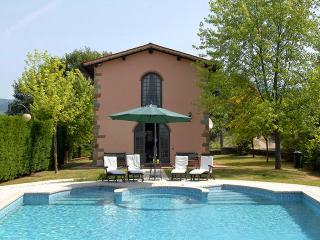 Treggiaia - Pool and Tennis Court just steps away!, Strada in Chianti