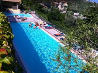 Garda Lake, panoramic, swimming pool access, Gardone Riviera