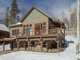 Spacious mountain home within The Rendezvous Community, Granby