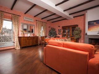 2 BDRS PENTHOUSE WITH STUNNING VIEW, Rome