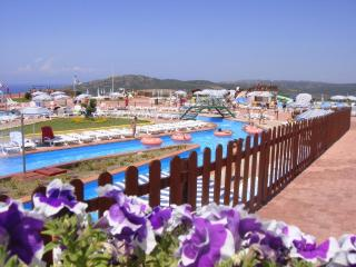Residence Aquafantasy - free access to water park, Isola Rossa